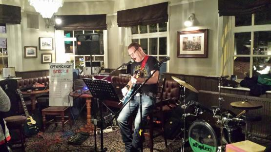 Music at The Bricklayers Arms Bromley